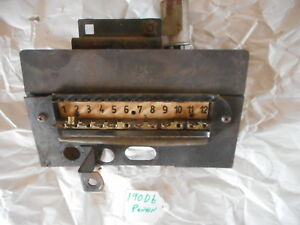 mercedes benz ponton fuse box bracket 180db 190db later 180d rh ebay com 2001 Mercedes 500SL Fuse Box mercedes benz 190e fuse box