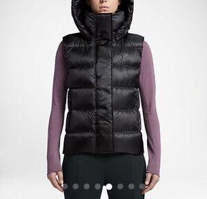 3e357e810d52 Women s Nike Sportswear NSW Down Fill Hooded Vest Black Full Zip ...