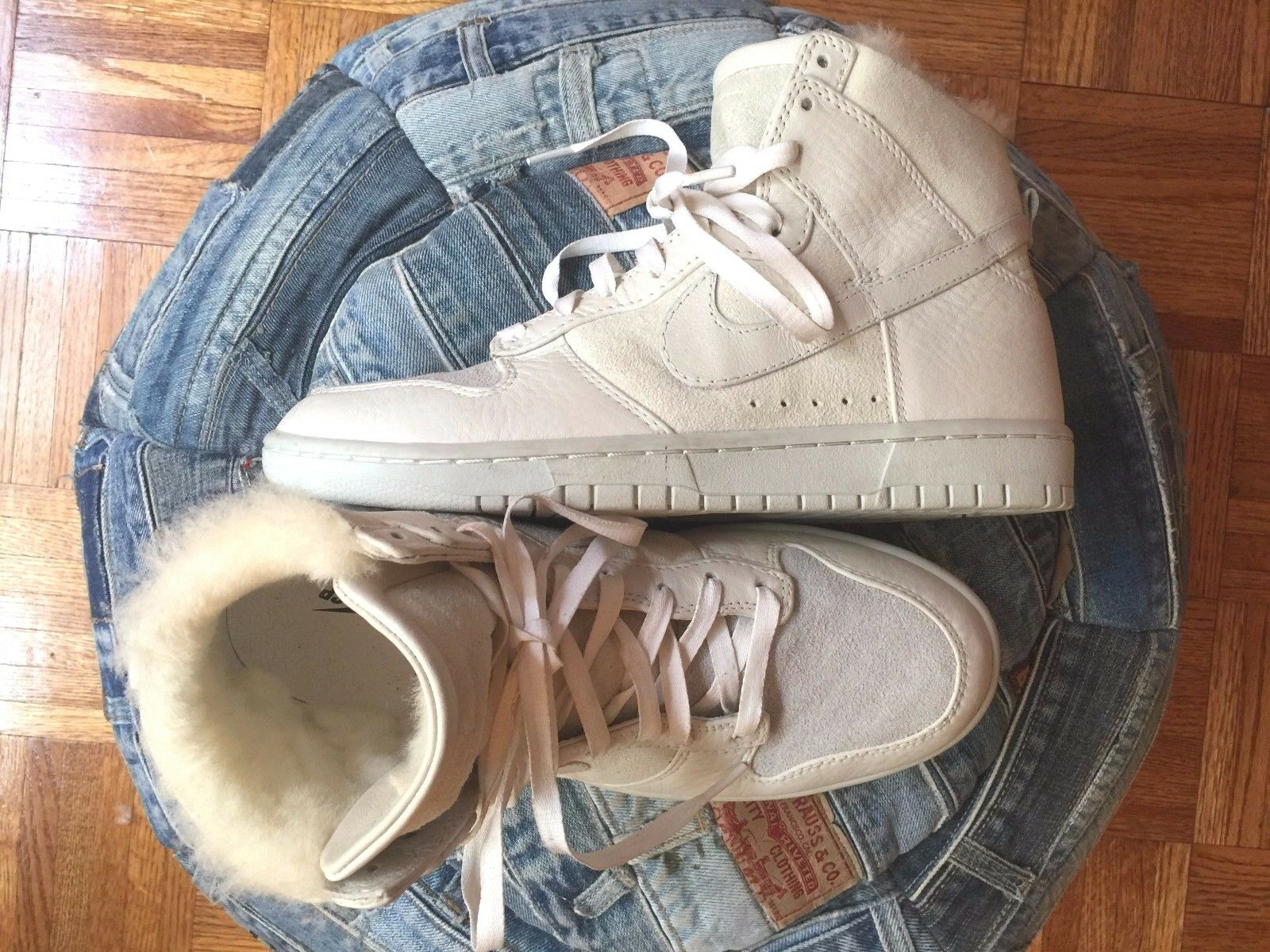 Nike TZ Dunk Shearling Lined (inside around the ankle) Leather High Top Sneakers