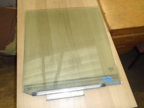 LAND ROVER DISCOVERY 200tdi PASSENGER REAR DOOR WINDOW GLASS LEFT HAND GLASS 6A