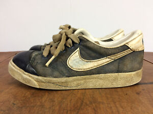 615d69e49 Vintage 70s Canvas Nike Shell Toe Kids Youth Shoes DIstressed 12