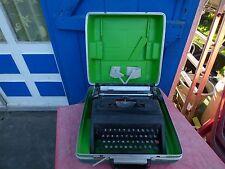 machine à écrire Olivetti studio 45 vintage typewriter