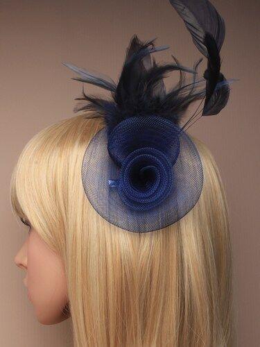 Net rosette à avec plume fleur sur une pince à cheveux bec bifide broche pin