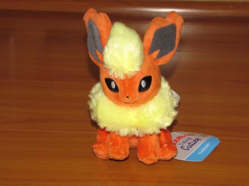 FLAREON Pokemon Center Poke Go Plush Sitting Cuties stuffed doll NEW