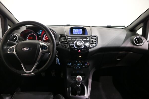 Ford Fiesta 1,6 SCTi 182 ST2 - billede 4