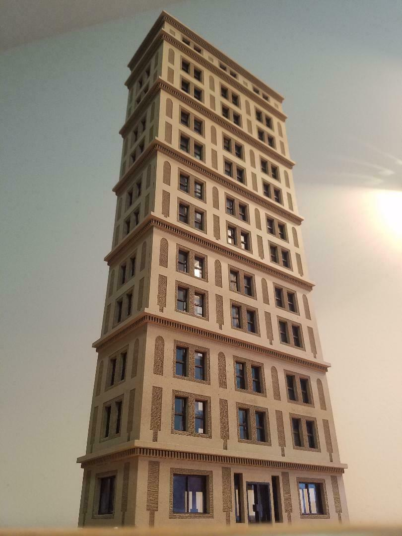 HO scale 1 87 12 story High Rise Hotel Built and Ready