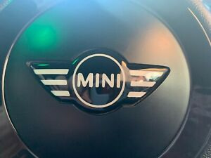MINI-Steering-Wheel-Badge-Gel-Overlay-White-Black-FITS-ALL-MINIS