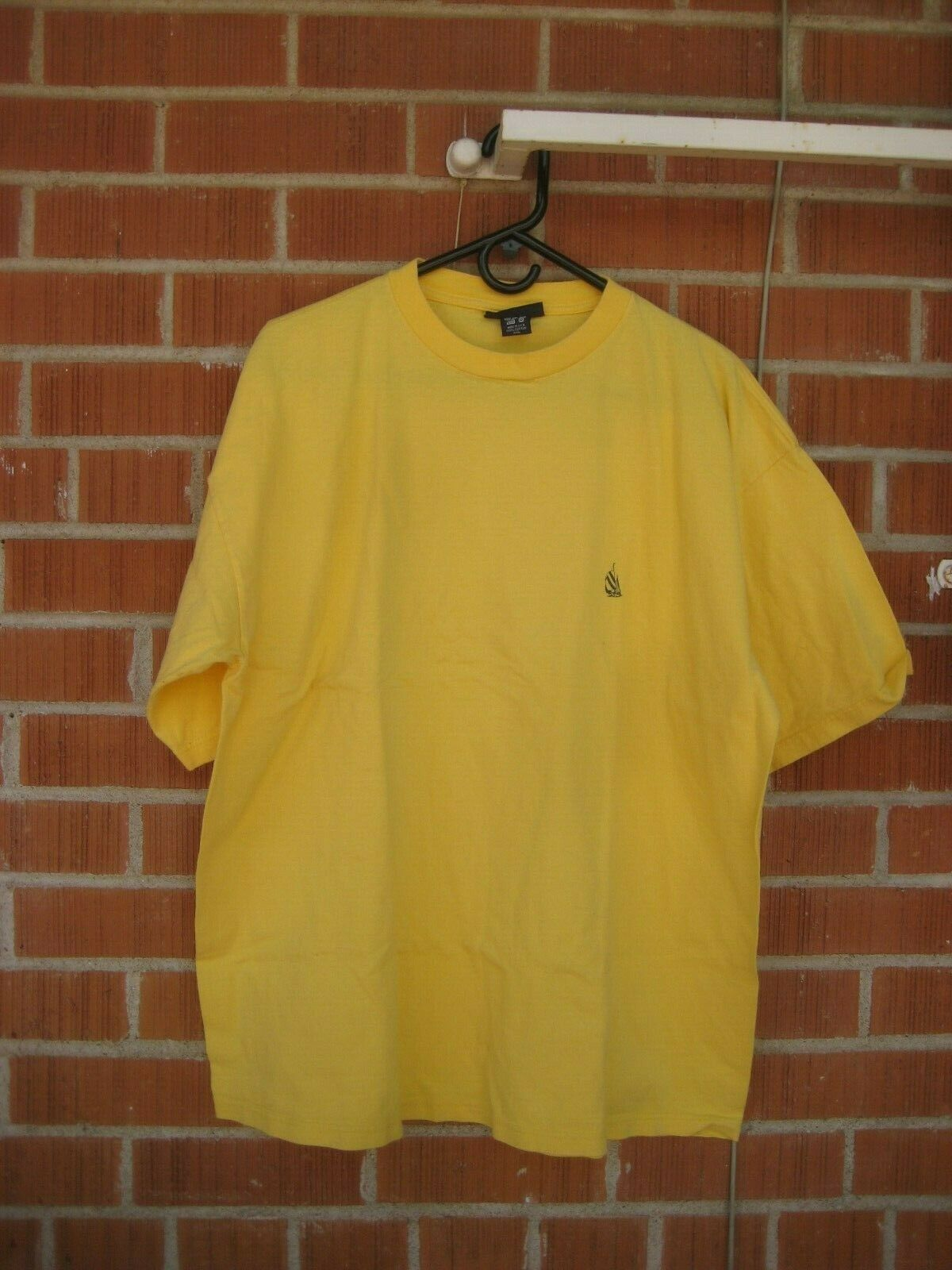 Vintage  Plain Blank color  1990s 2XL Cotton Faded Old Navy T-Shirt USA