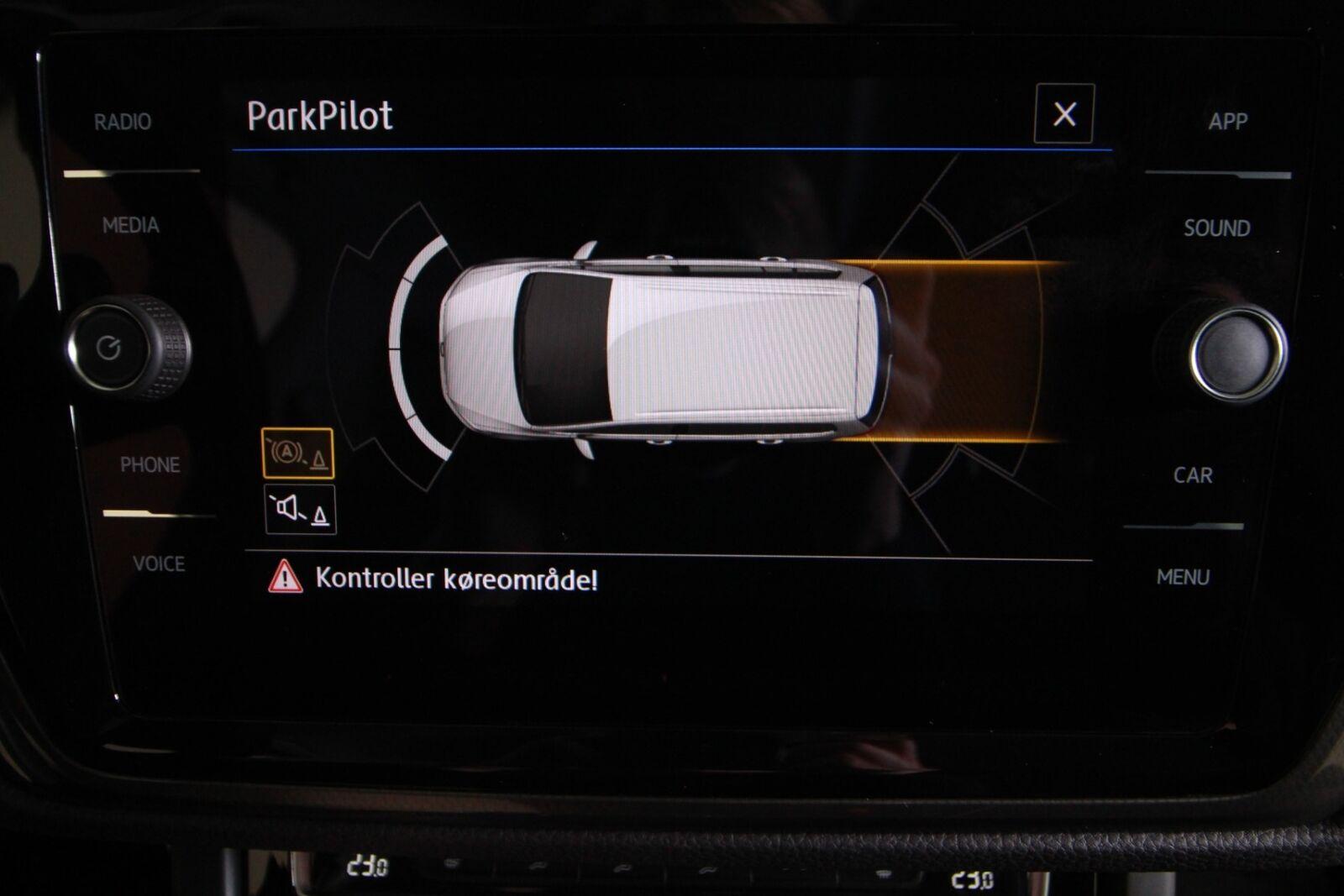 VW Touran TDi 115 IQ.Drive DSG 7prs