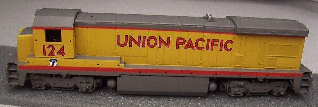 Bachmann Plus B 23-7 Diesel Union Pacific A Escala Ho