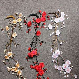 Broderie De Fleurs De Fleur De Prunier Brodee Sur L Artisanat Motif