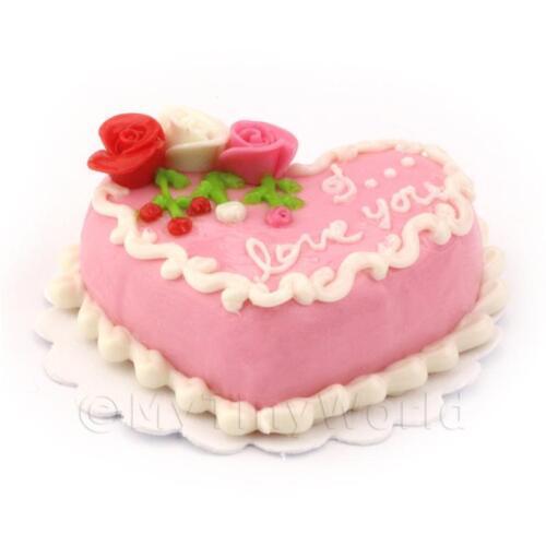 Dolls House miniatura torta ROSA A CUORI