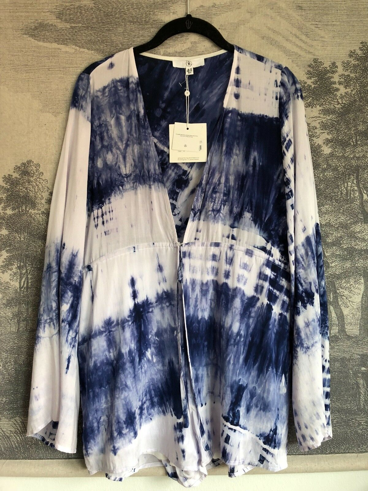 Missguided White Navy bluee Tie-Dye Plunge Sexy Mini Bell Sleeve Romper Size 6
