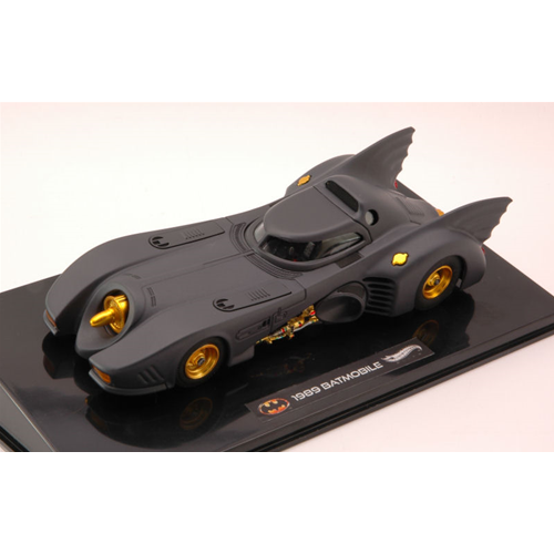 BATMAN BATMOBILE 1989 1:43 Hot Wheels Movie Die Cast Modellino