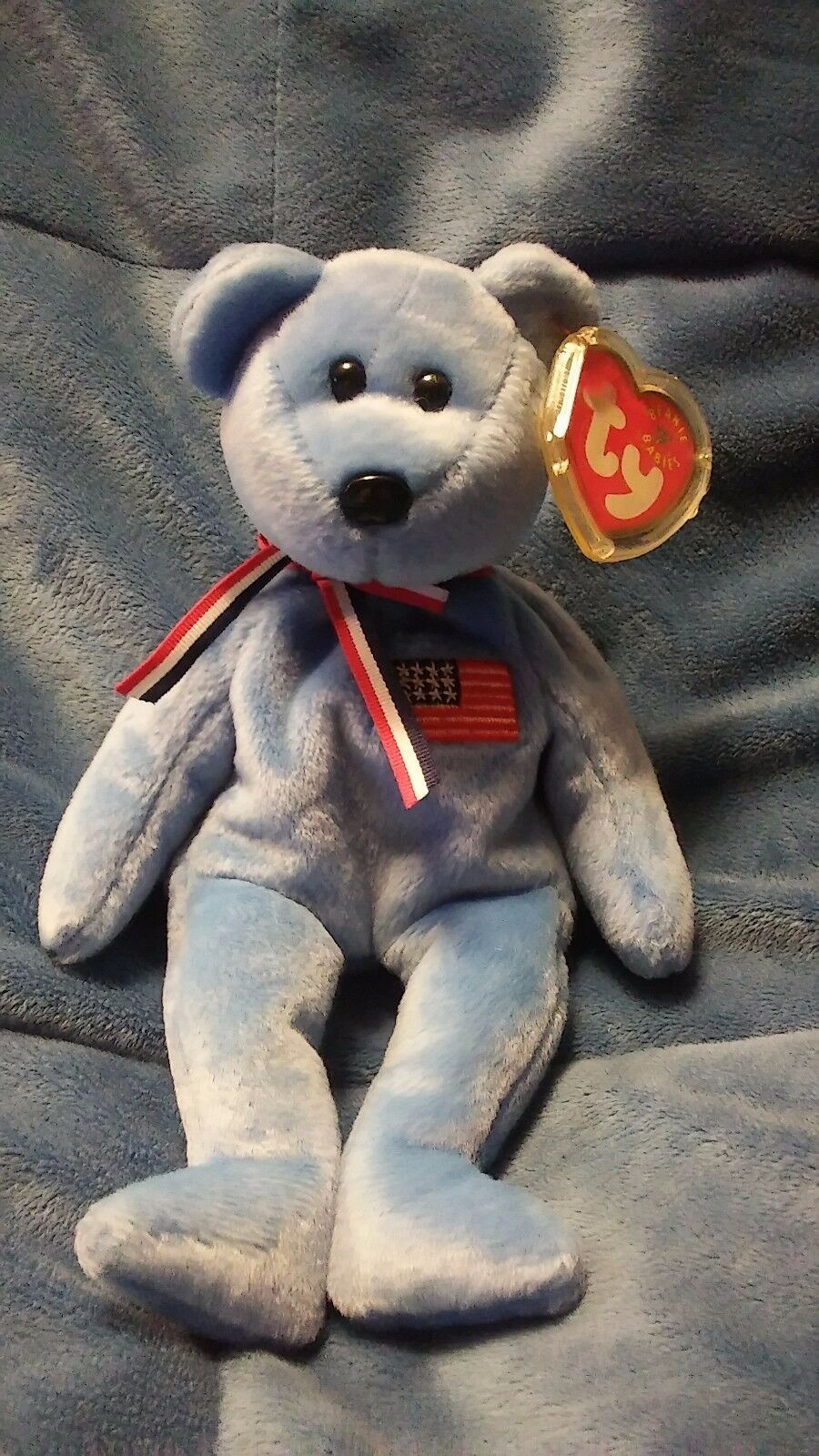 America beanie baby. Great Great Great condition. 9 11 bear  tag still in plastic cover. 6f4da7