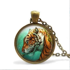 Tiger sous l/'eau Collier Verre Cabochon Bronze Chaîne Collier