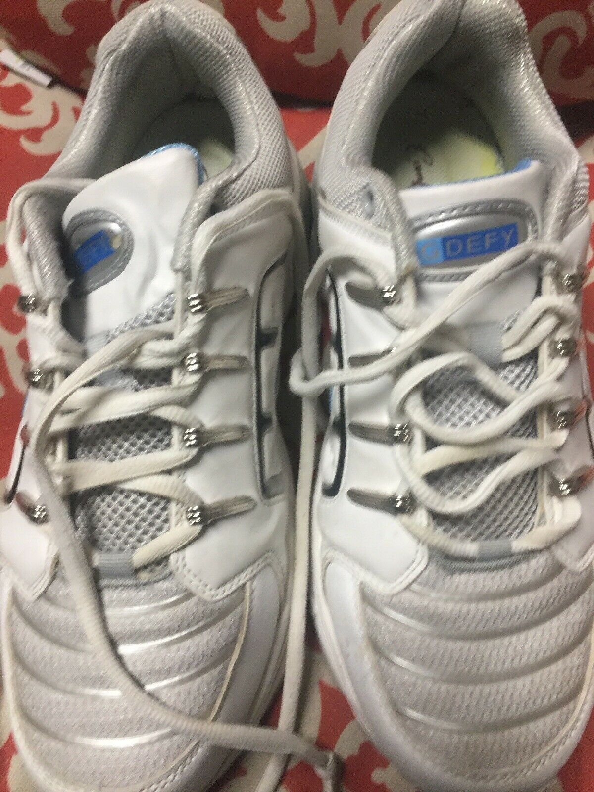 G Defy Mens Sport shoes Comfort Fit Three Spring System Size 8.5 White Leather