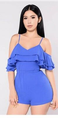 Fashion Nova Cold Shoulder Frill Romper. Size Large. NWT.