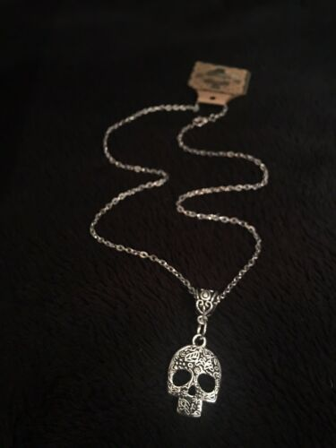 """Sugar Skull Necklace day of the dead *UK* silver CHAIN 18/"""" Mexican Skull gothic"""