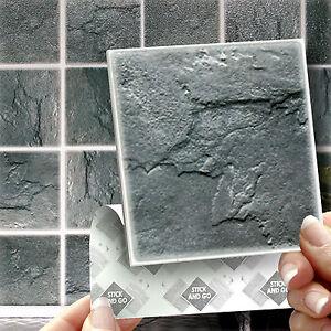 18 bastone di ardesia sulle mattonelle della parete for Adesivi per mattonelle bagno