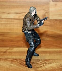 Resident Evil 4 Leon S Kennedy Action Figure Figur Neca Toys Biohazard Ebay