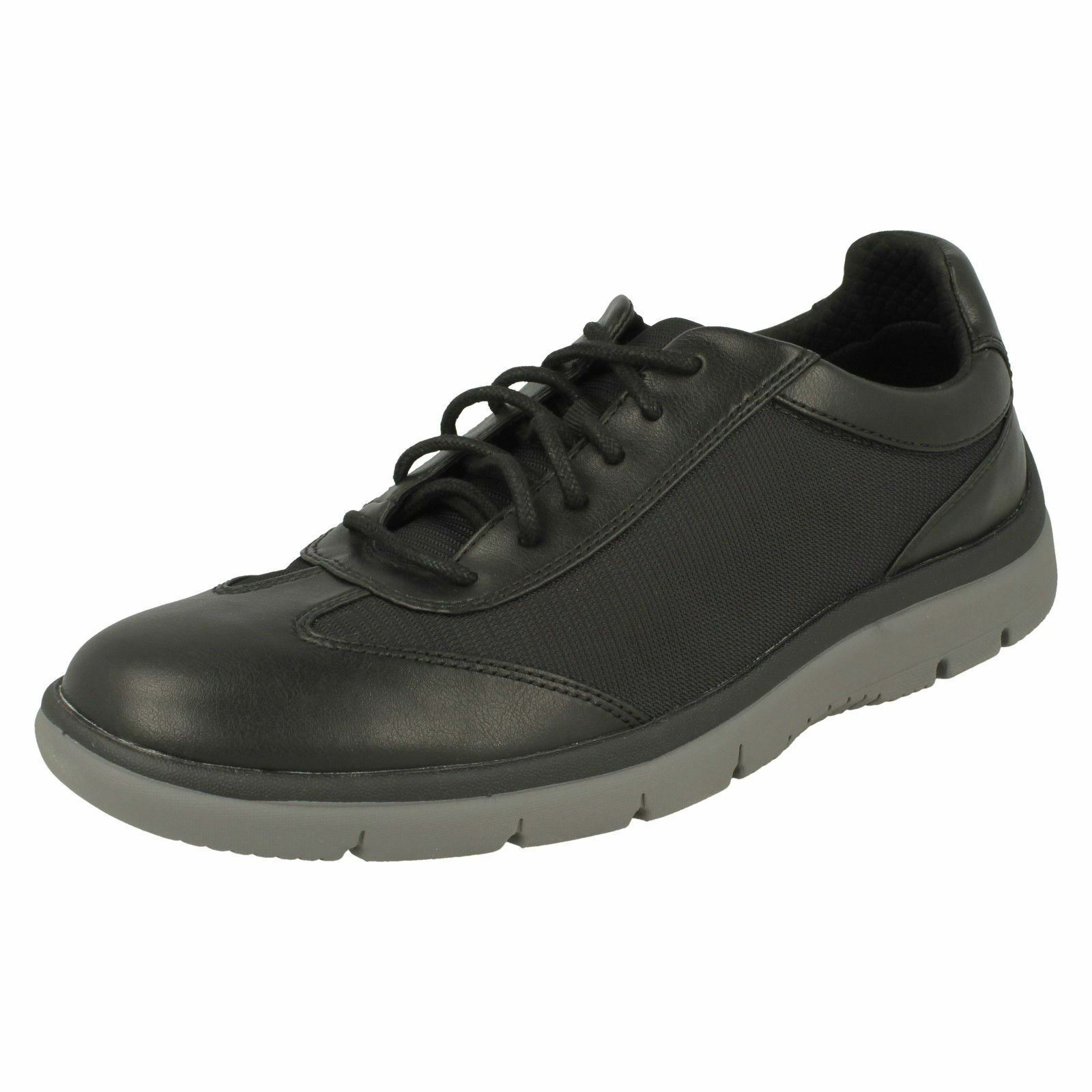 Mens Clarks Casual Lace Up Fastening Rounded Toe Trainers - 'Tunsil Ridge'