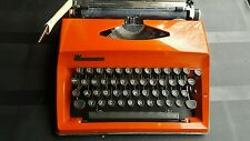 vintage KULT Typewriter Triumph Adler Contessa de Luxe Pop Art Orange color