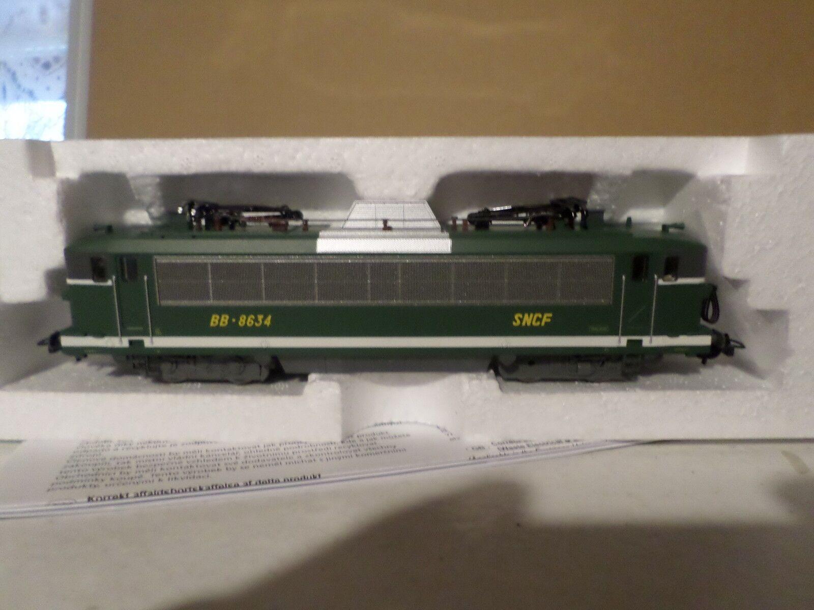 Locomotive piko bb 8634 dépot de toulouse epoque IV