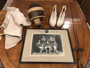 VINTAGE-1925-OXFORD-UNIV-FENCING-CLUB-TEAM-PHOTO-WITH-ORIG-EQUIPMENT-MUST-SEE