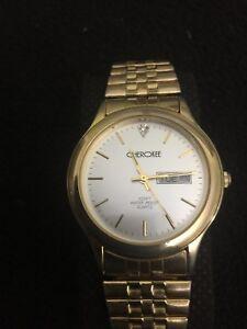 CHEROKEE-Beautiful-Men-s-Quartz-Watch-37mm-Case-Gold-Tone-white-Face-Day-Date