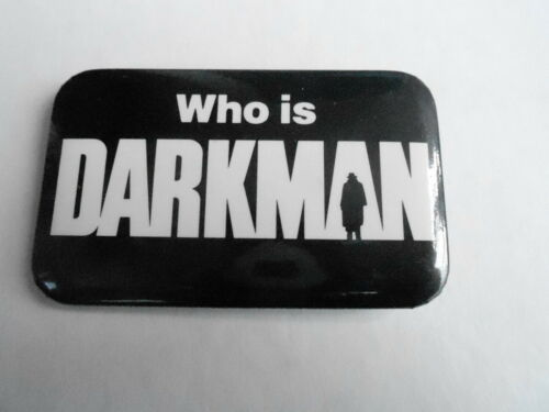 VINTAGE PROMO PINBACK BUTTON #106132 DARKMAN movie