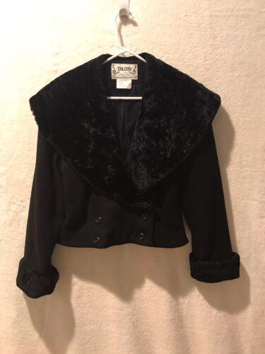 Salcito Fake Fur Collar Crop Jacket