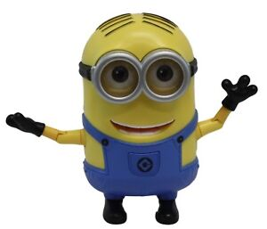 Universal Studios Thinkway Toys Talking Despicable Me Minion