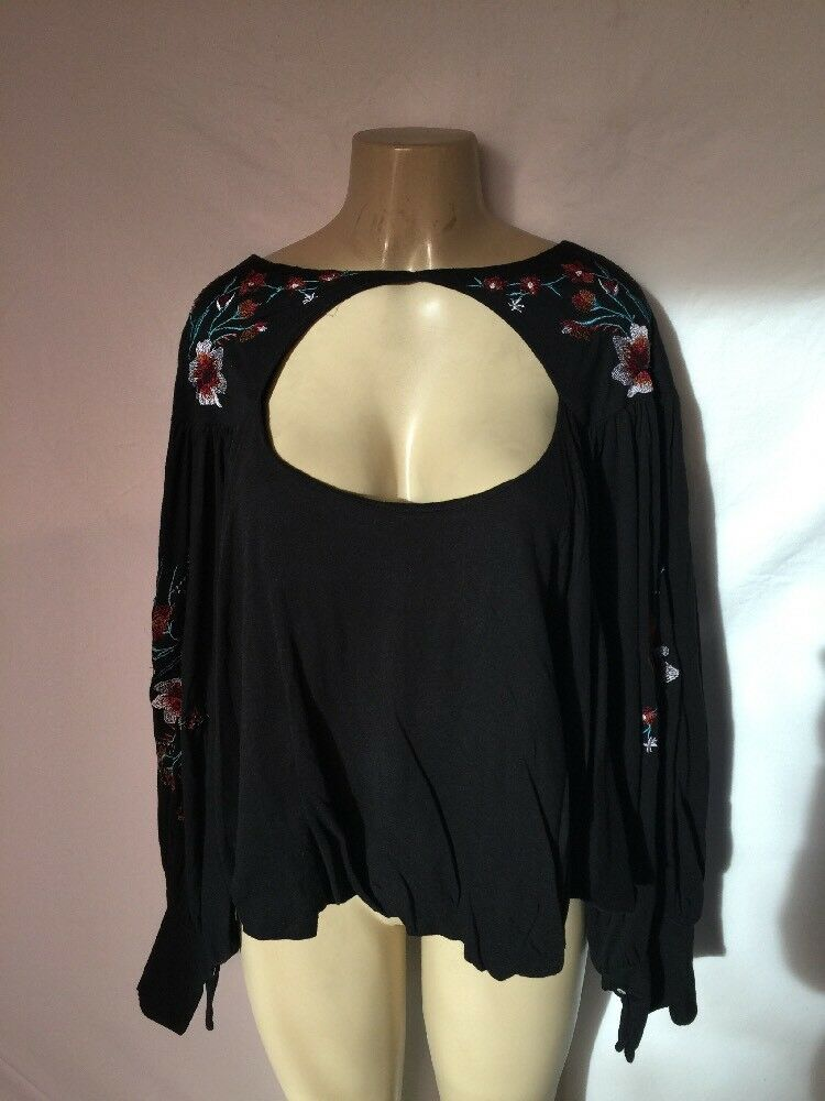 NWT  Free People Sz Large schwarz Lita Embroiderot Loose Roomy Fit Cut Out Top