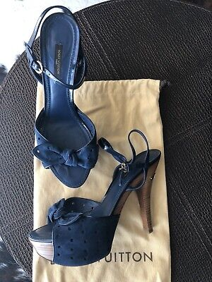LOUIS VUITTON Blue Suede/Leather High