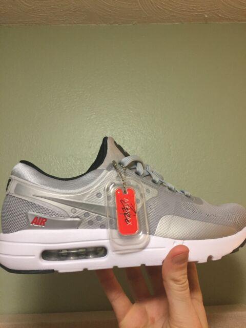Men's Nike Air Max Zero QS Size 8.5 (789695 002) No Box Top