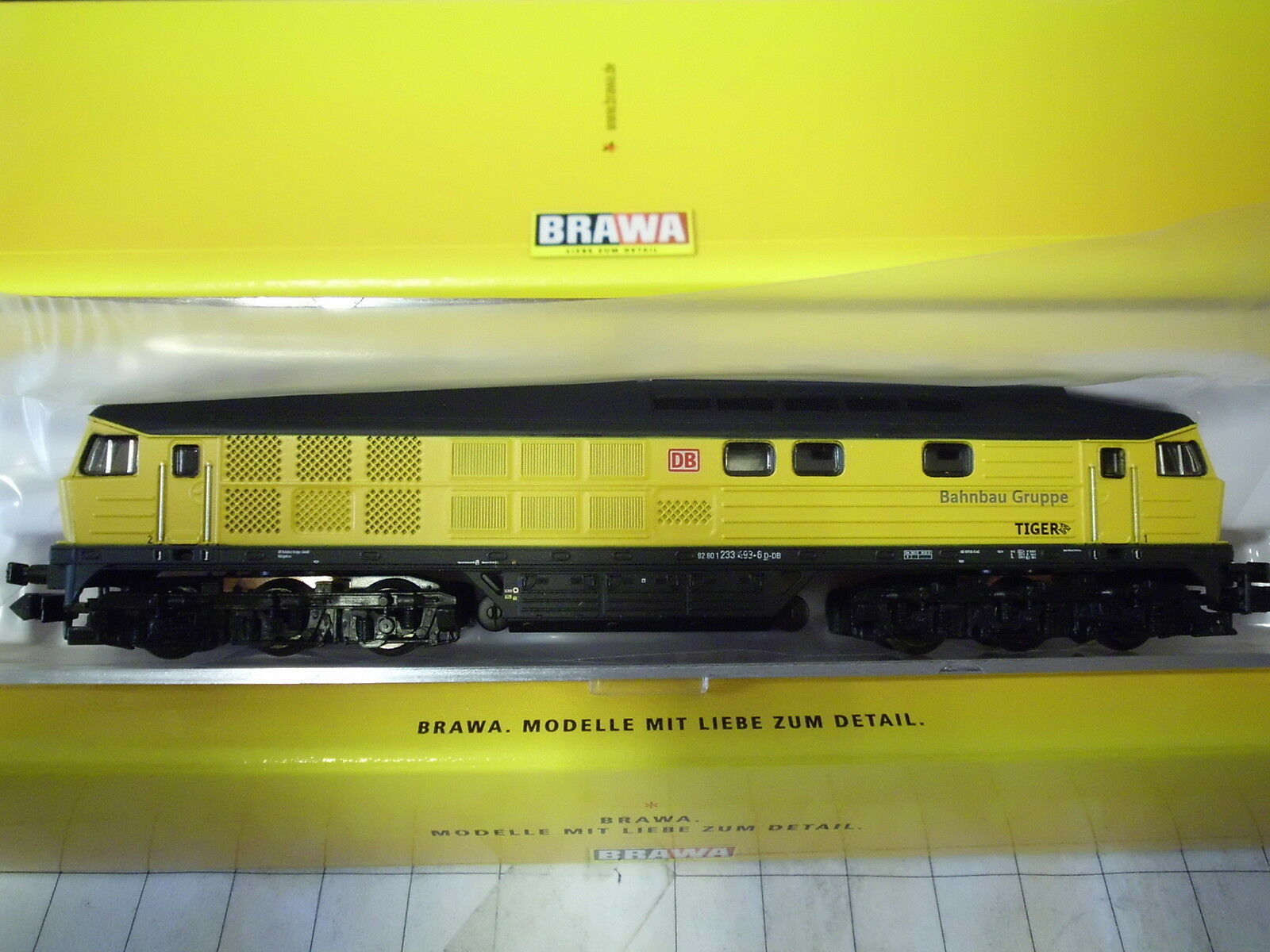 BRAWA N 61025 DIESEL BR 233 delle DB AG massicciate EP. vi DIGITAL + Sound NUOVO OVP
