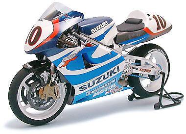 Tamiya 1/12 Suzuki Rgv-XR89 Kenny Roberts Modelo Kit # 14081