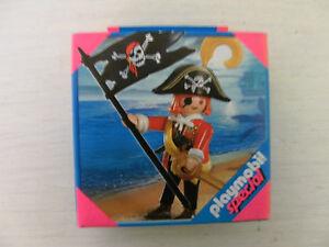 PLAYMOBIL-SPECIAL-totenkopfpirat-4690-neuf-et-emballage-d-039-origine-pirates