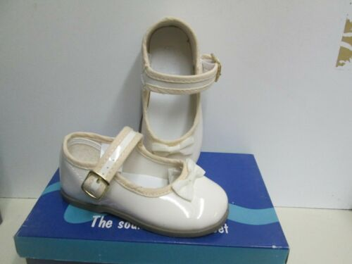 NIB Beige Patent Mary Janes Shoes with Bow Infant//Toddler Girls Size 1-10