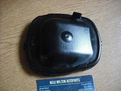 CHRYSLER VOYAGER MK2 HEADLIGHT HEADLAMP  RUBBER BULB COVER DUST CAP OUTER