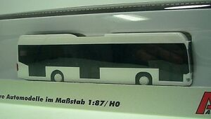 1-87-AWM-MB-Citaro-Fuel-Cell-3-tuerig-weiss