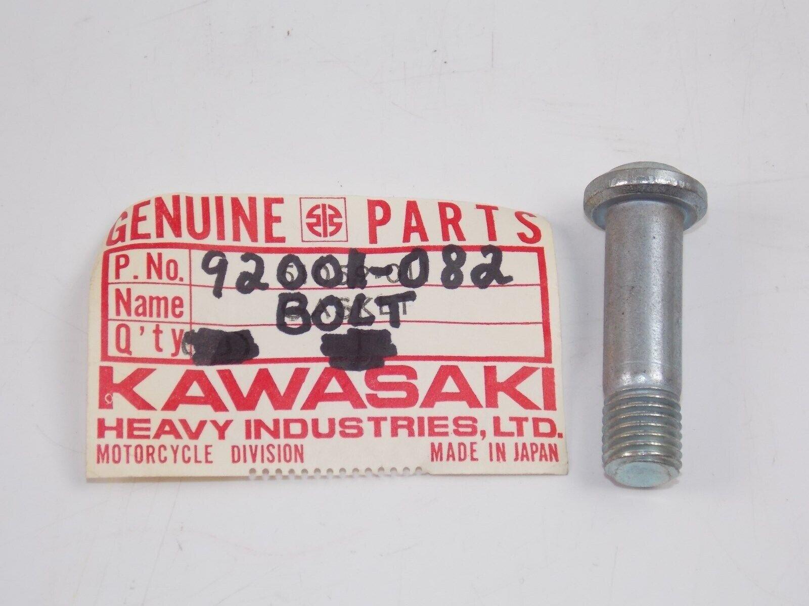 NOS Kawasaki G4 G5 KE100 KH100 REAR SPROCKET BOLT 92001-082
