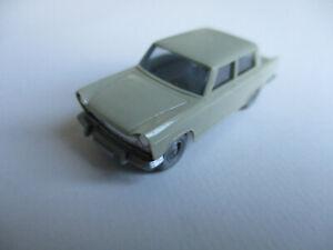 Wiking-H0-Fiat-1800-grunlichbeige