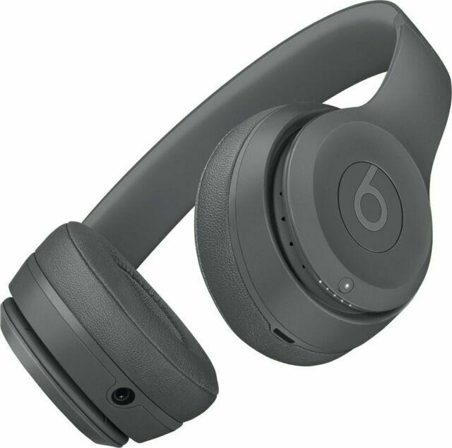 https://www.cnet.com/a/img/qJuj10D8ttdFC0obvDGj8PLoGNw=/1200x675/2016/10/31/aeab92e7-3e56-4c9f-bd30-49cef5c0dc05/beats-solo-3-wireless-colors-04.jpg