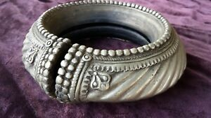 OMANI-WEST-AFRICAN-MANILLA-SLAVE-CURRENCY-BRACELET-CIRCA-1800s