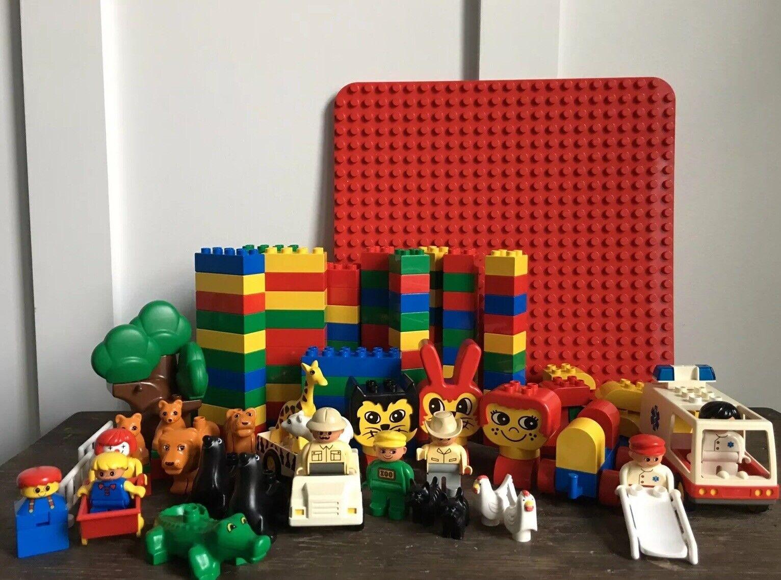 Huge LOT Vintage Lego Duplo bloques animales del zoológico ambulancia Circo Conejo Legoville