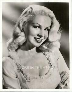 blonde Vintage busty