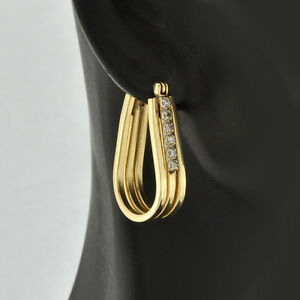 Pretty-14K-Solid-Gold-Modern-U-shaped-Fluted-Design-Accents-Diamonds-Earrings