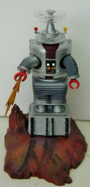 LOST IN SPACE AURORA Original 1968 ROBOT Professionally AIR BRUSHED built model